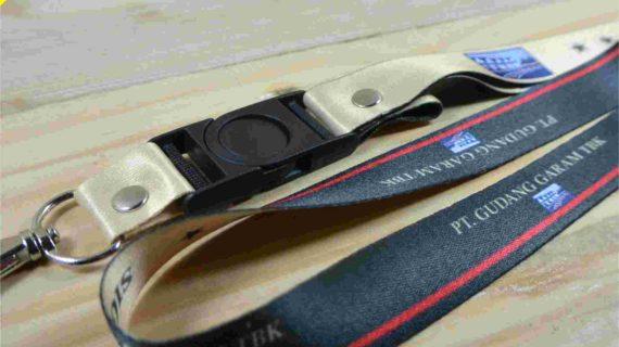 Cetak Tali Lanyard Desain Custom 2 Sisi Full Color Plus Kait